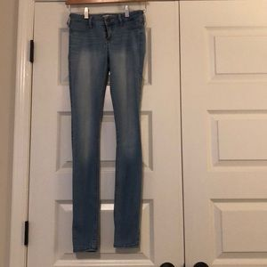 Excellent condition super skinny jeggings.